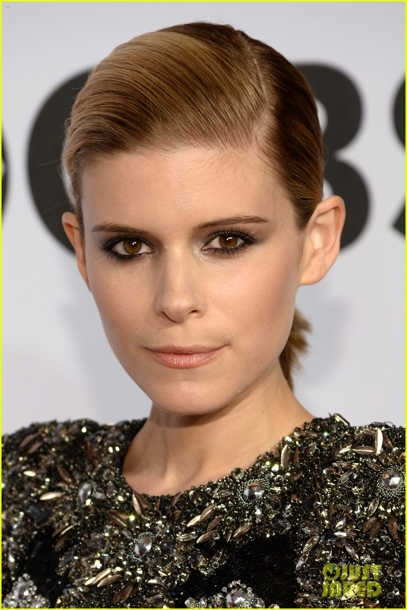 kate mara wears intricately beaded dress to tony awards 2014 04