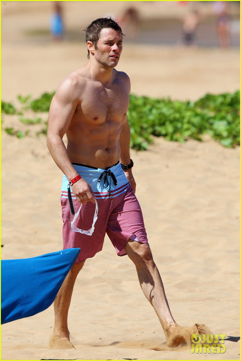 shirtless james marsden shows ripped body in hawaii 27