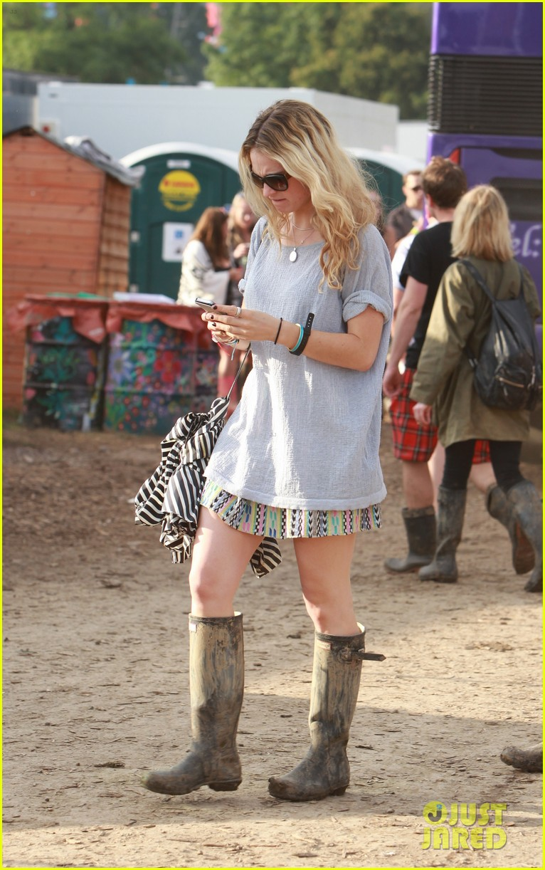 matt smith lily james attend glastonbury festival 07