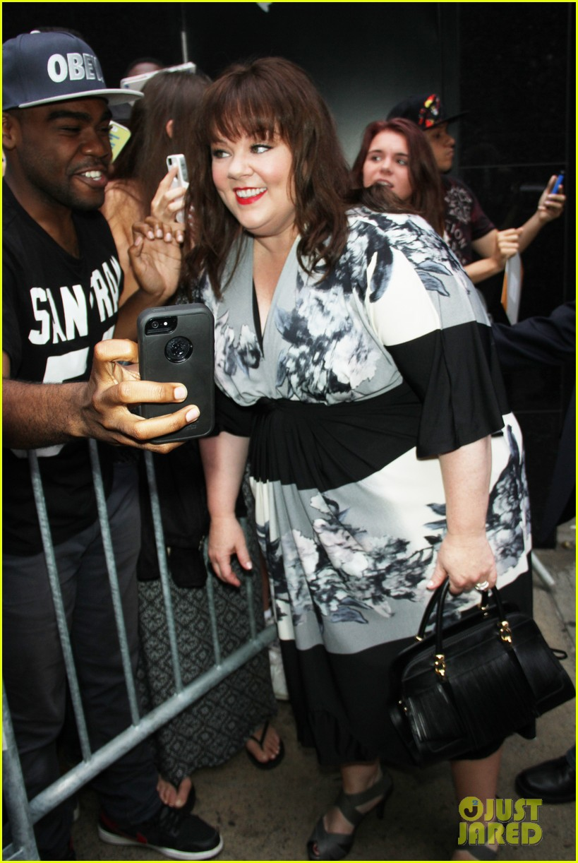 melissa mccarthy will do almost anything for a laugh 14