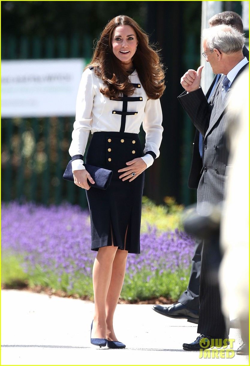 kate middleton steps out solo for bletchley park spy school visit 07