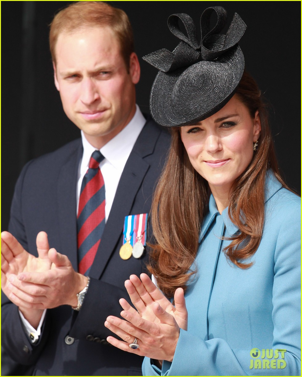 kate middleton prince william pay respects at d day 70th anniversary 20