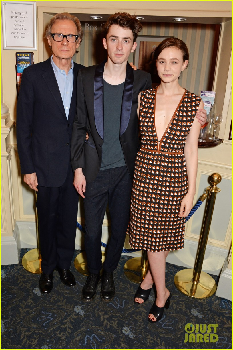 carey mulligan celebrates at skylight press night 033138486