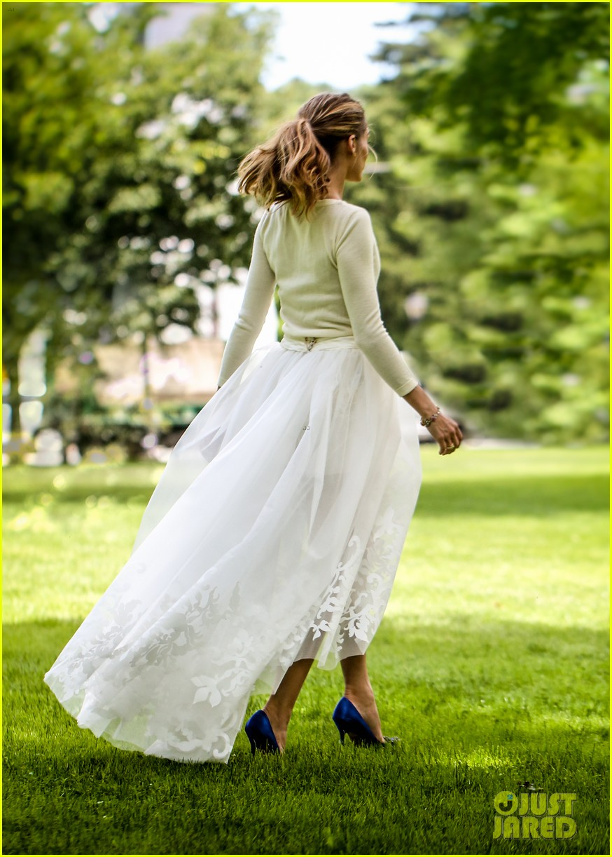 olivia palermo wedding dress johannes huebl 01.