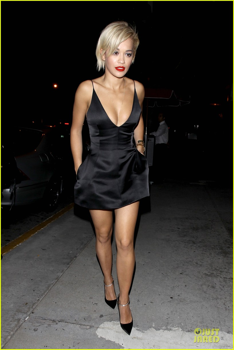 rita ora shows cleavage after calvin harris split 12