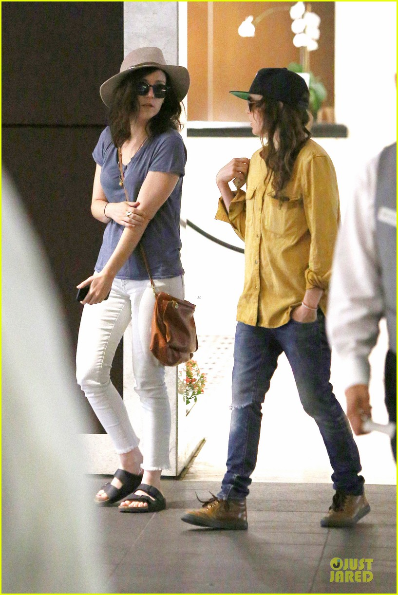 ellen page sunday shopping with close gal pal 14