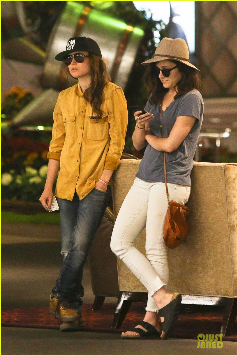 ellen page sunday shopping with close gal pal 153131975