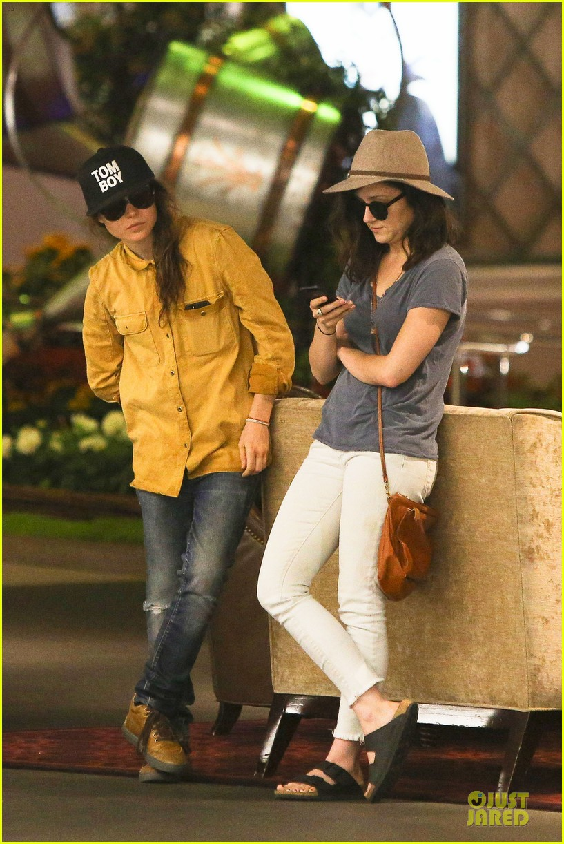 ellen page sunday shopping with close gal pal 17