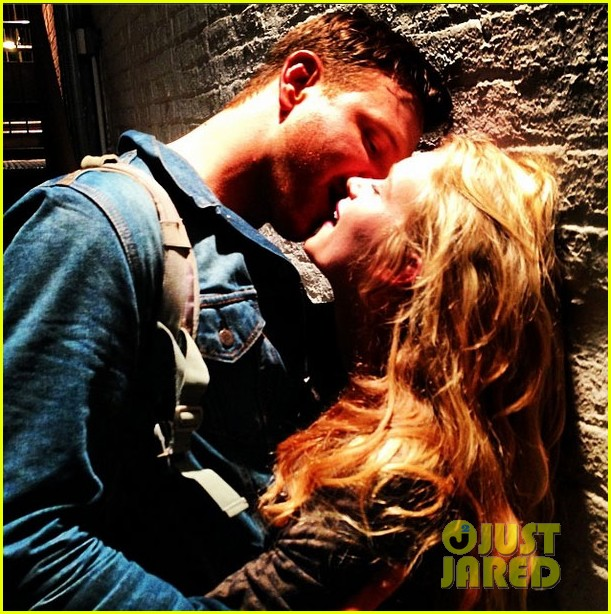 jim parrack getting divorced currently dating leven rambin 09