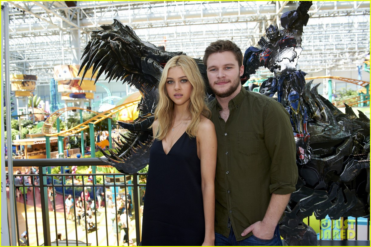 nicola peltz jack reynor tour country for transformers 02