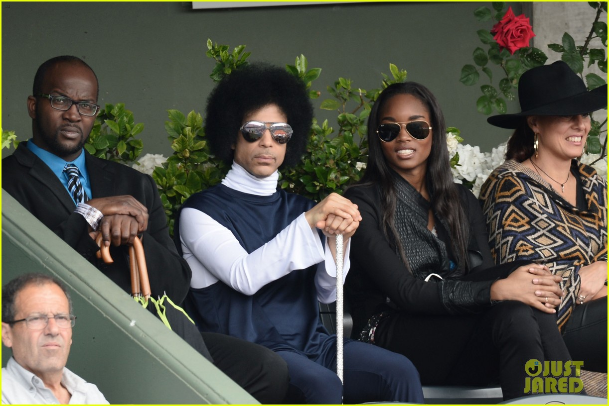 prince holds court with his sceptor at the french open 103126477