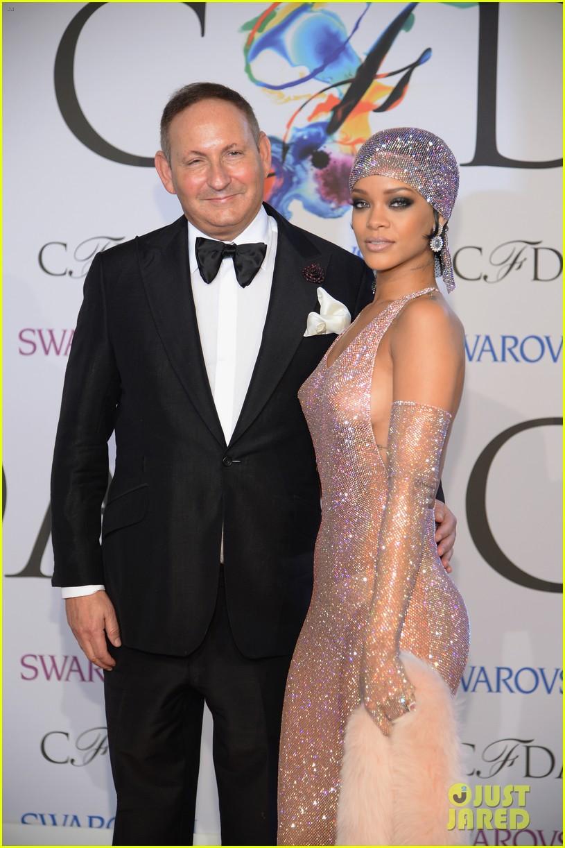 Rihanna dress cfda fashion
