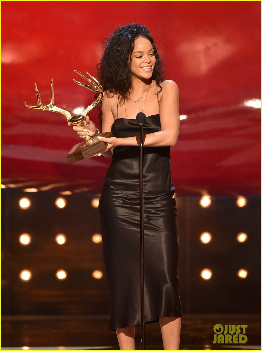 rihanna guys choice awards 2014 05