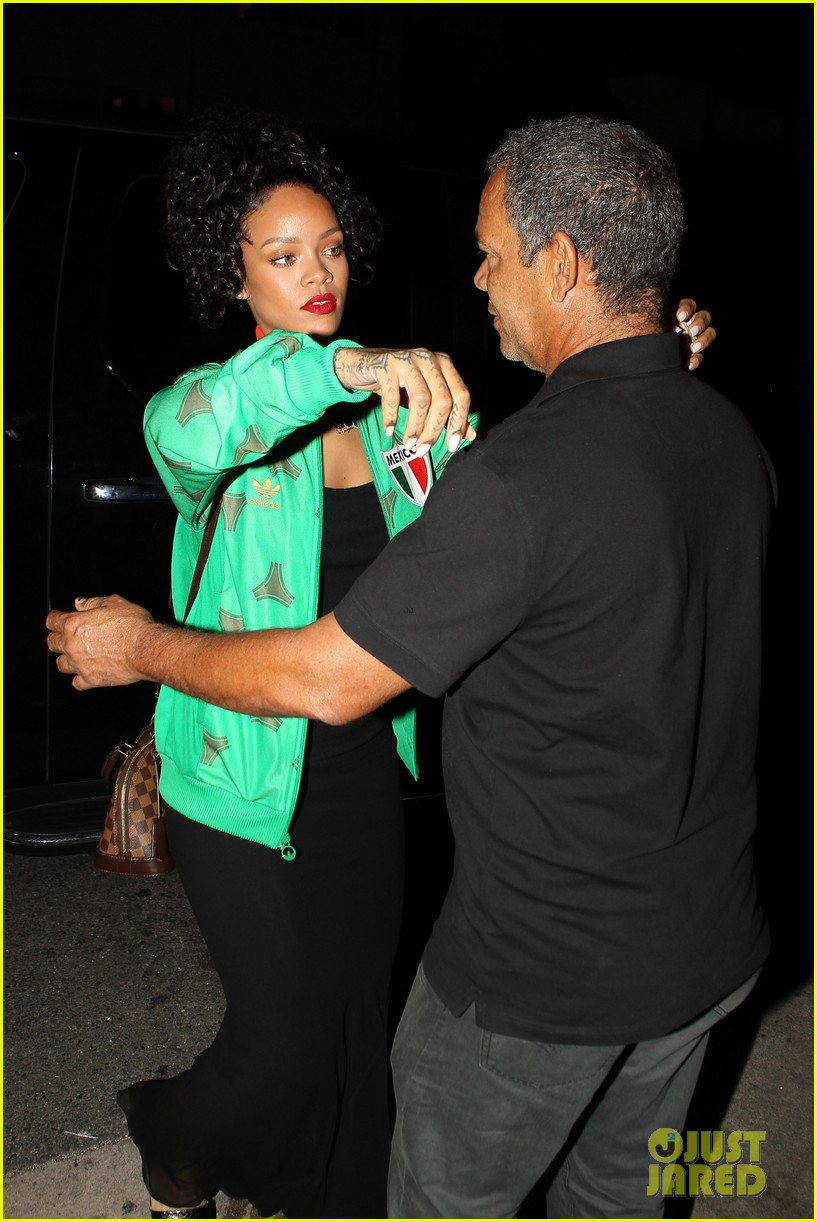 rihanna dinner after skipping the bet awards 06