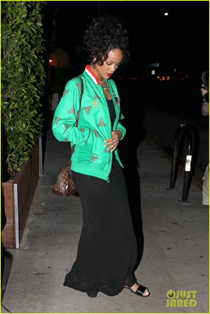 rihanna dinner after skipping the bet awards 183146680