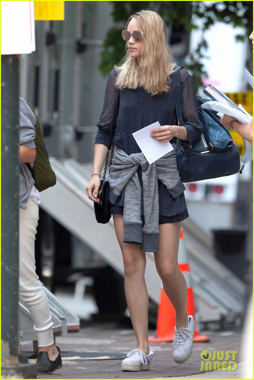 suki waterhouse rosa salazar insurgent set 10