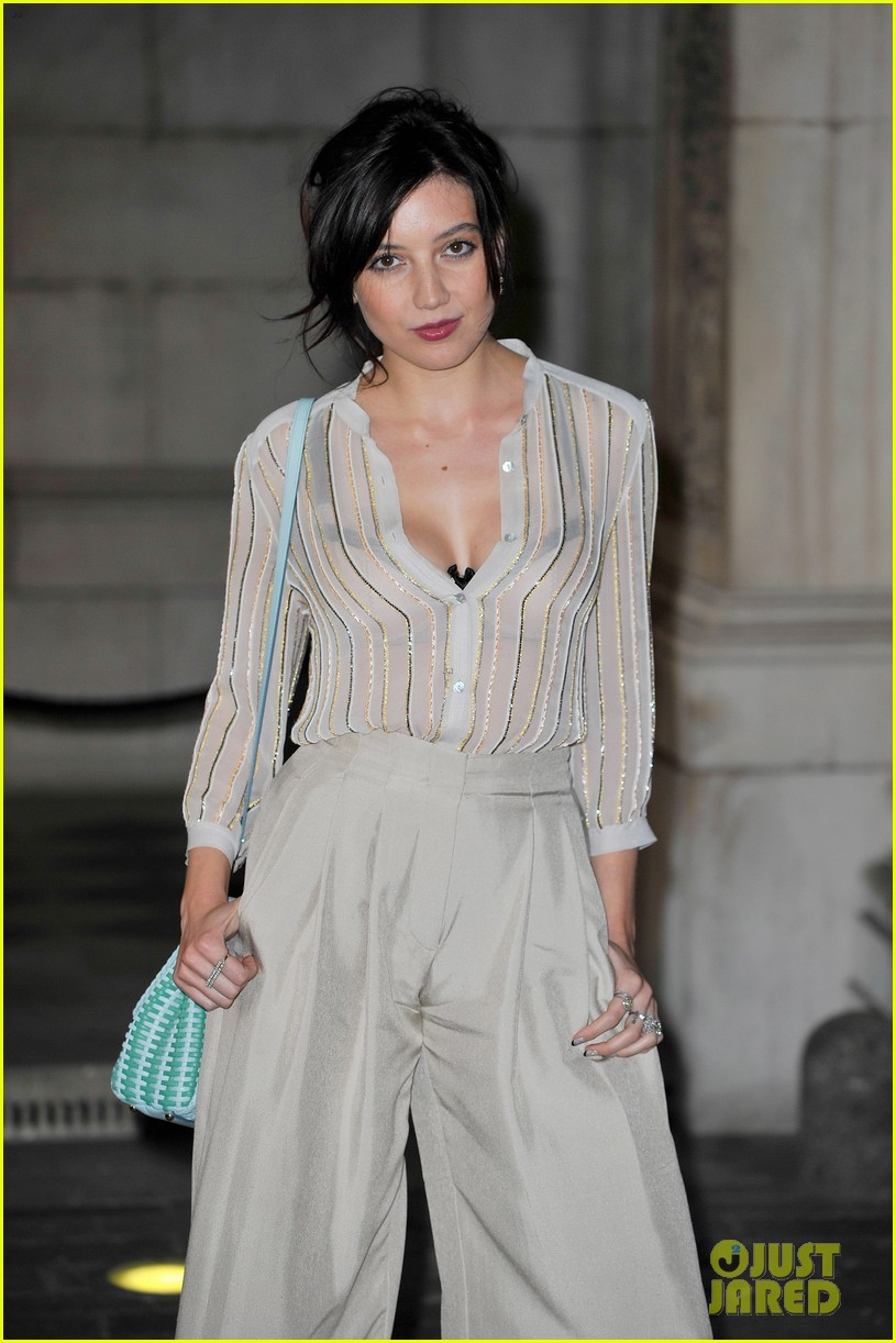 liberty ross daisy lowe keep it classy at royal academy summer exhibition 11