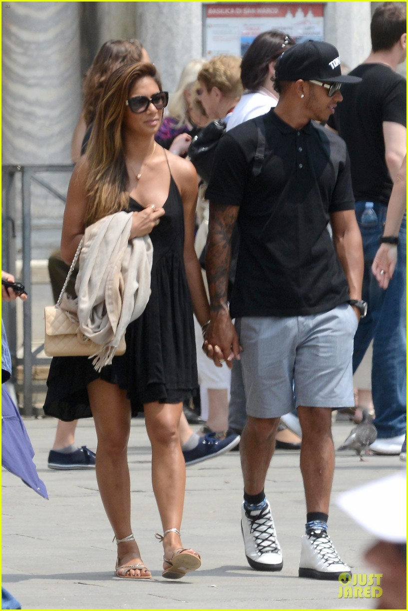 nicole scherzinger lewis hamilton look more in love 19