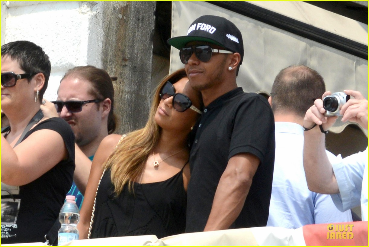 nicole scherzinger lewis hamilton look more in love 21