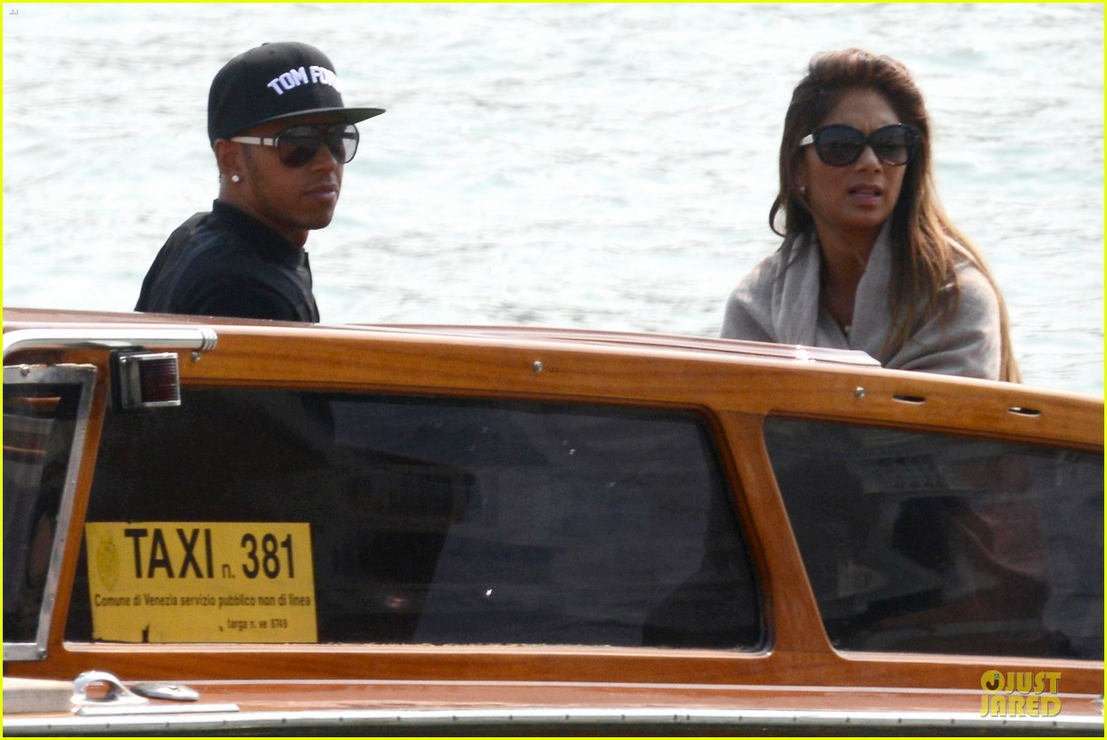 nicole scherzinger lewis hamilton look more in love 273127703