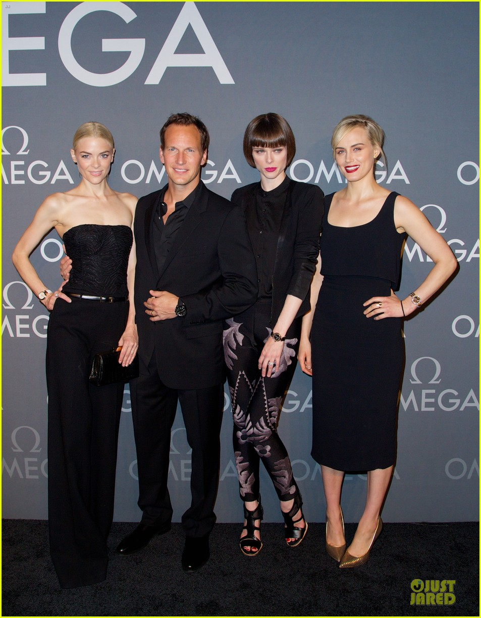 taylor schilling jaime king hang out omega event 03