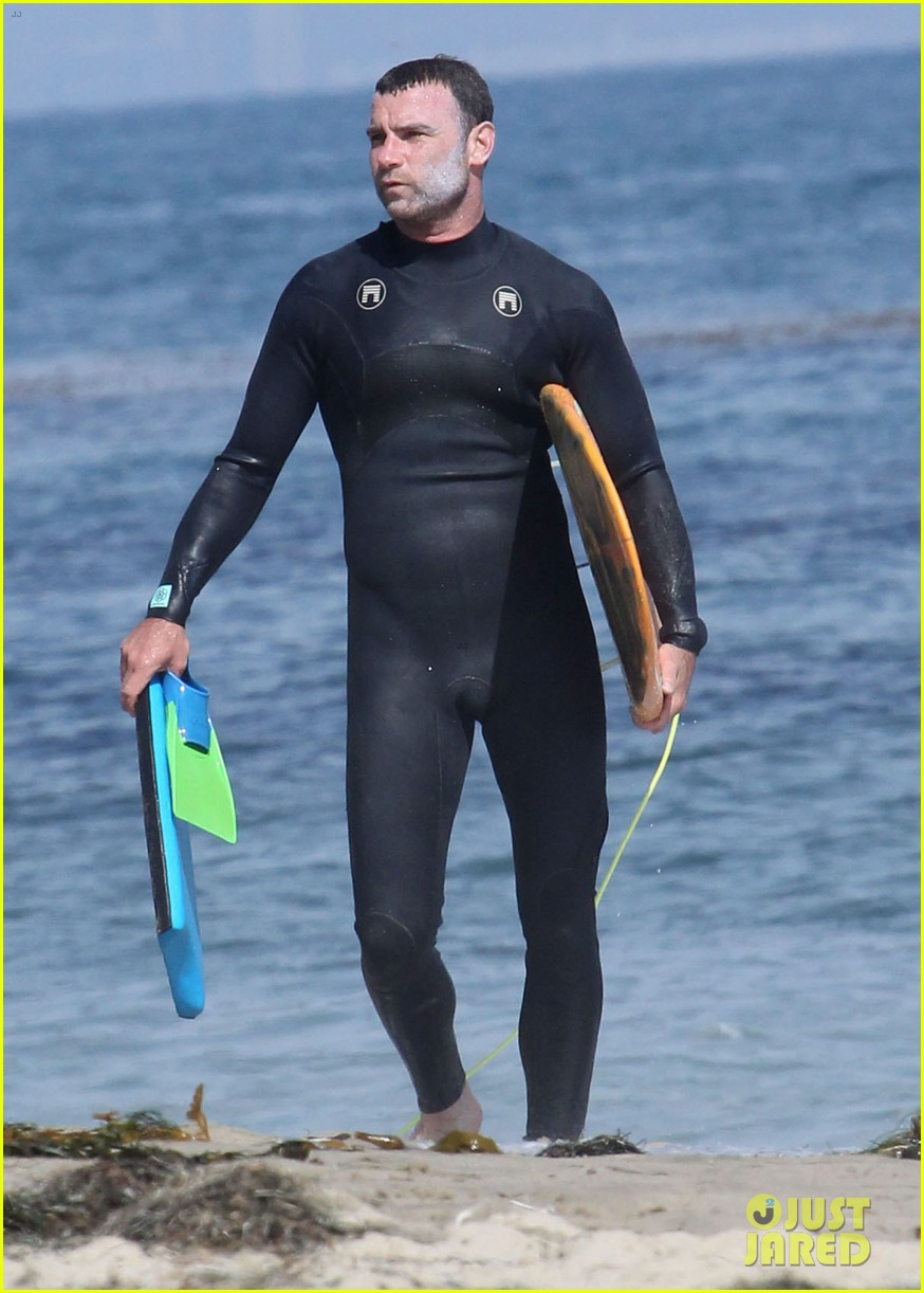 liev schreiber legs complimented by ang lee 203141728
