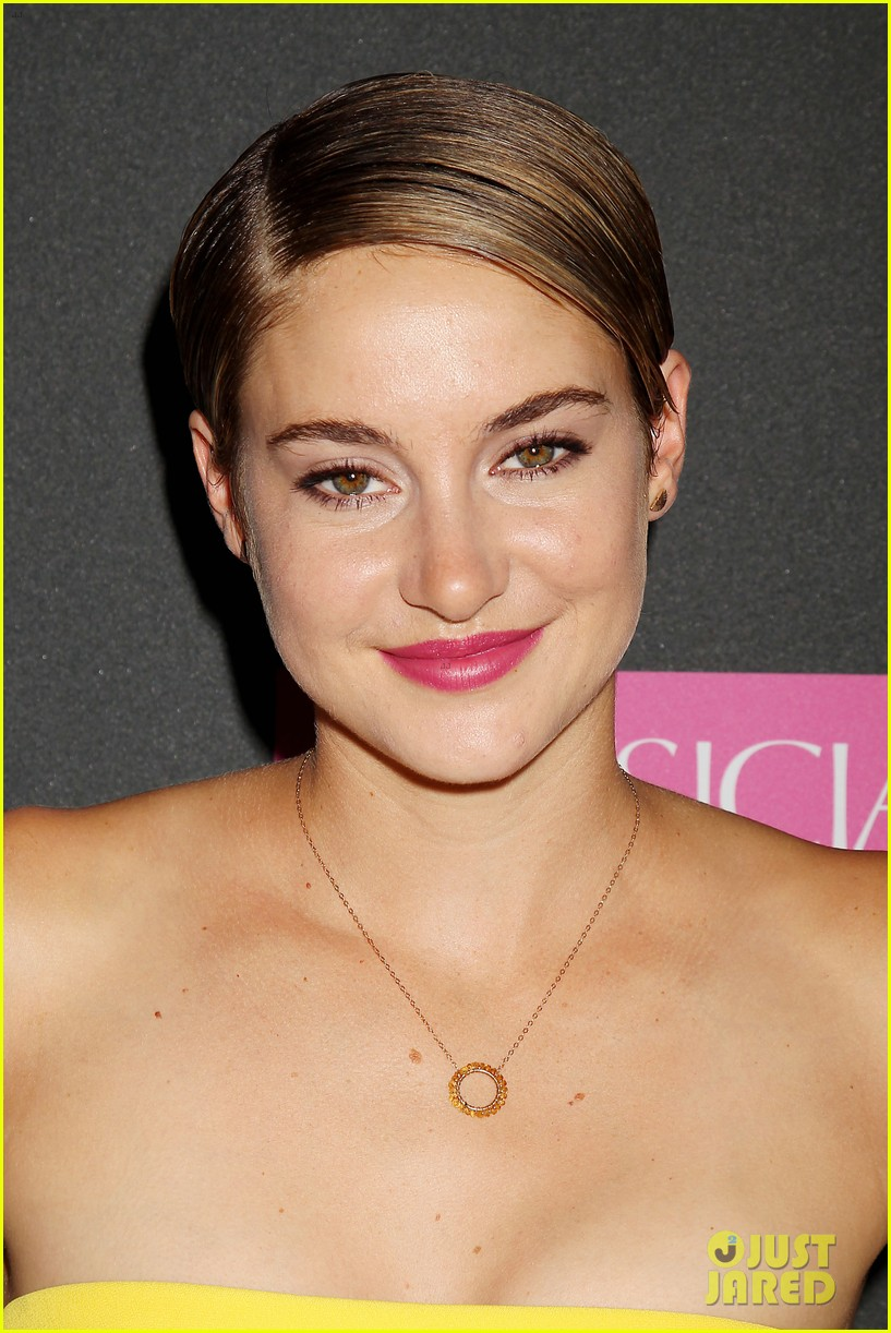 shailene woodley fault in our stars nyc premiere 13