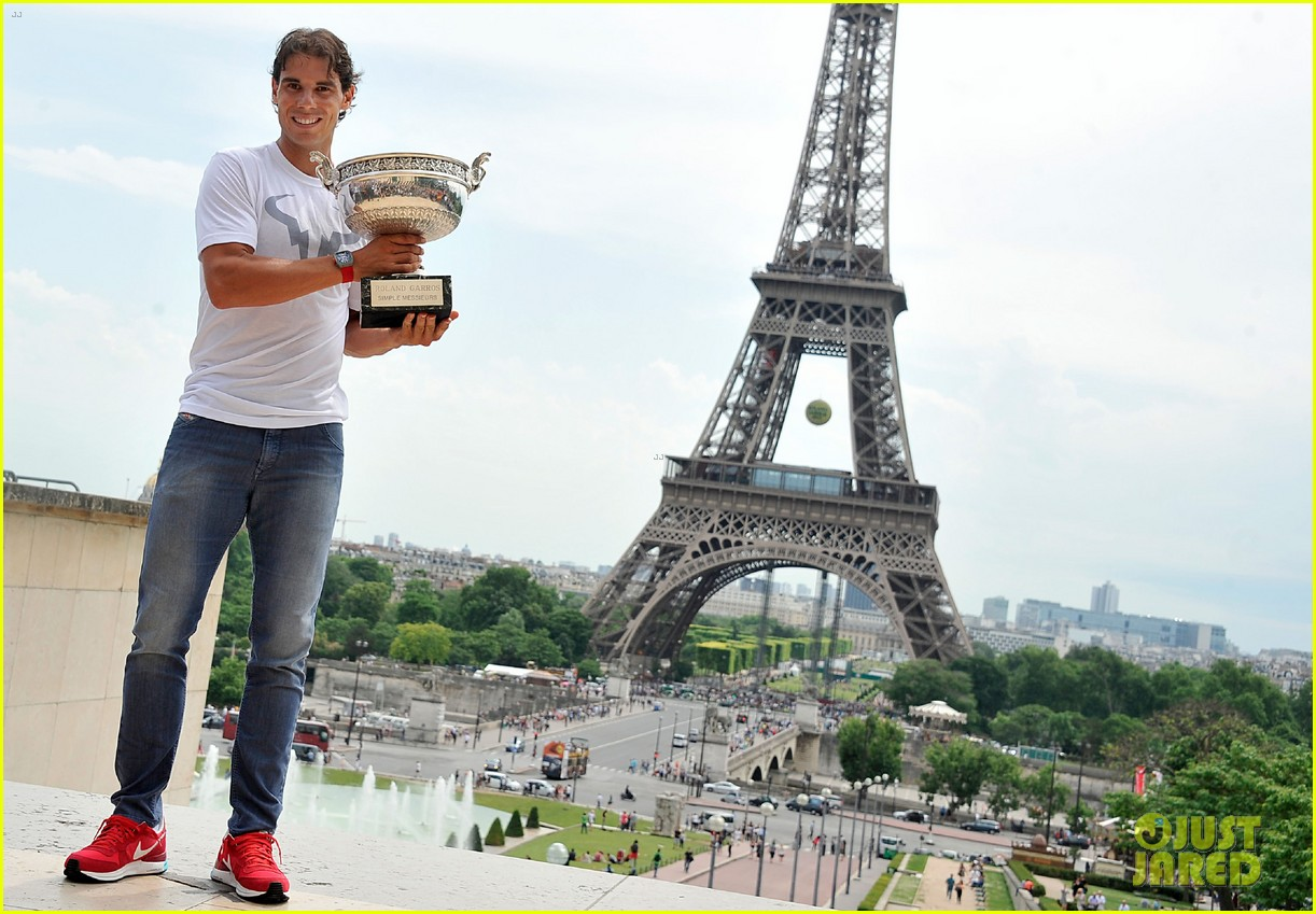 maria sharapova rafael nadal french open trophies 12
