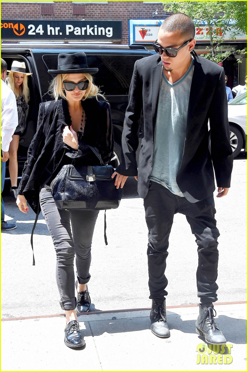 ashlee simpson evan ross say goodbye to new york city 093143903