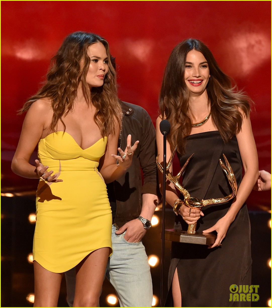 sports illustrated swimsuit models guys choice awards 26