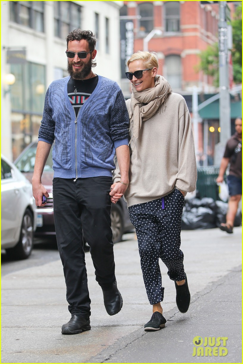 tilda swinton ditches her makeover for day out with sandro kopp 103132502