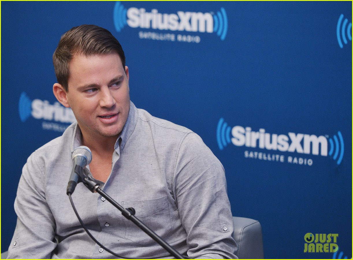 channing tatum joins jonah hill for 22 jump street press 07