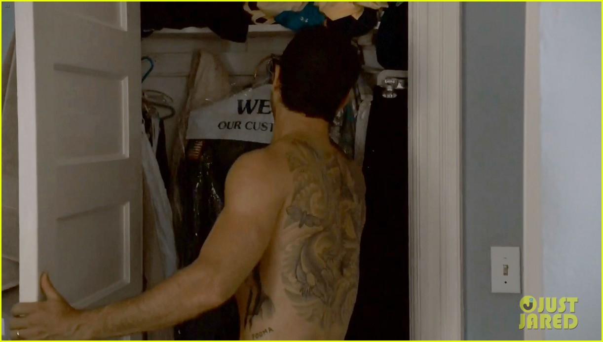 justin theroux shirtless the leftovers series premiere 093146760