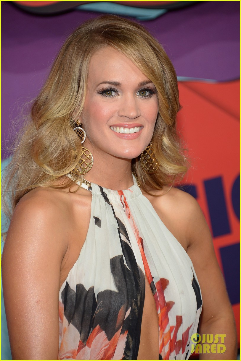 carrie underwood miranda lambert cmt music awards 2014 043128349