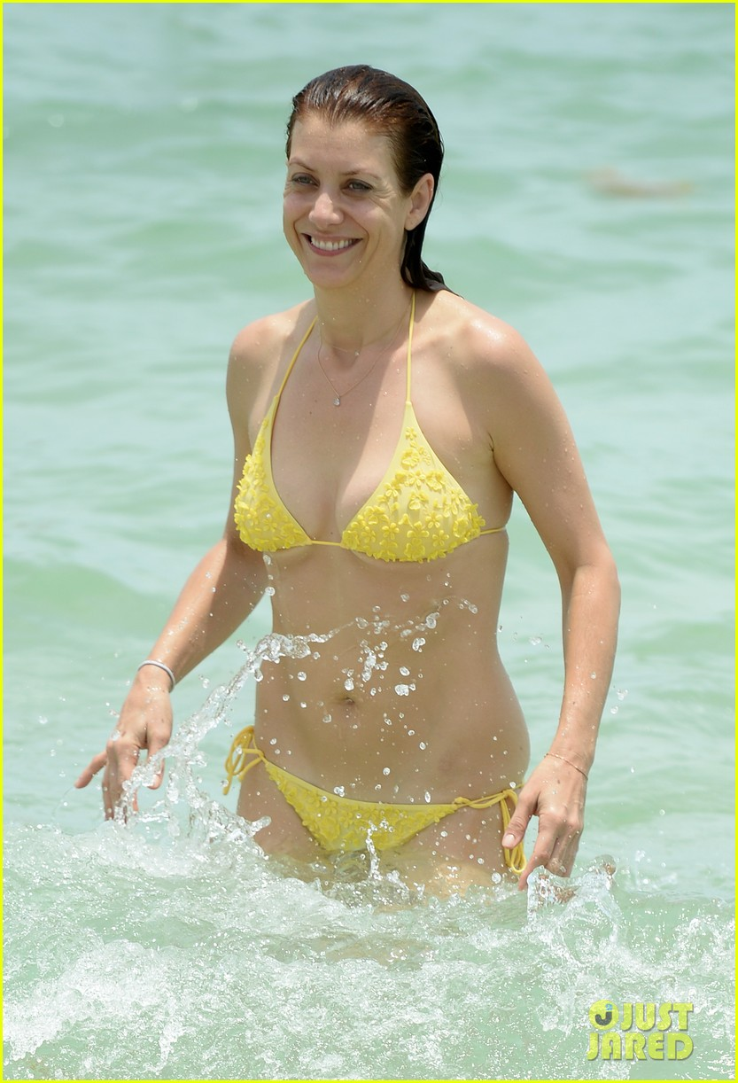 kate walsh makeout boyfriend vacation 06