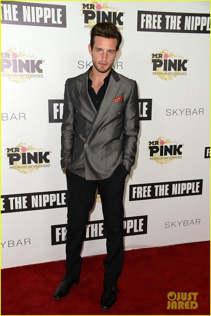 rumer willis supports lina esco at free the nipple fundraiser 093139818