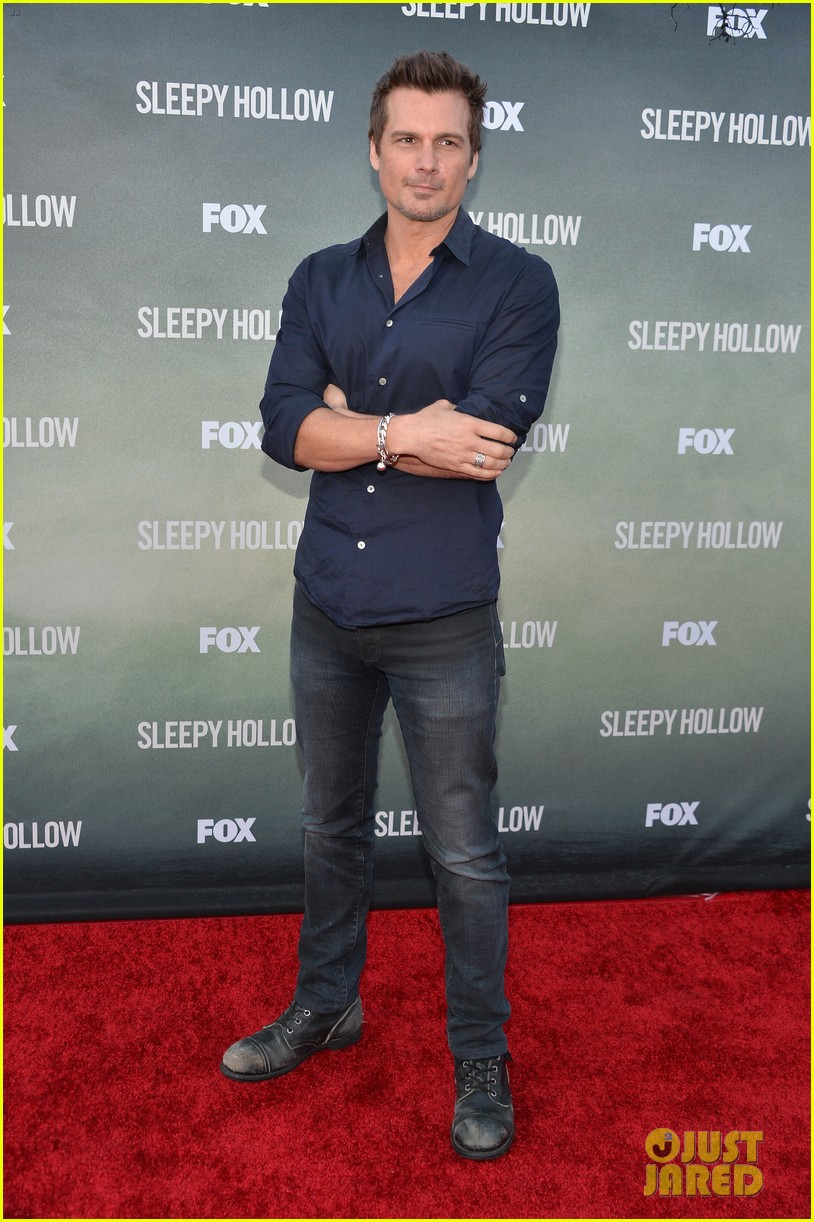 tom mison nicole beharie join len wiseman for sleepy hollow 03