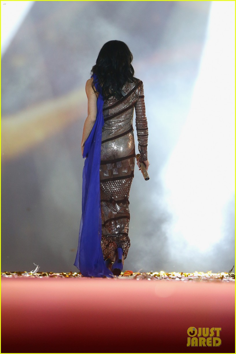 conchita wurst wears five glam looks over life ball weekend 09