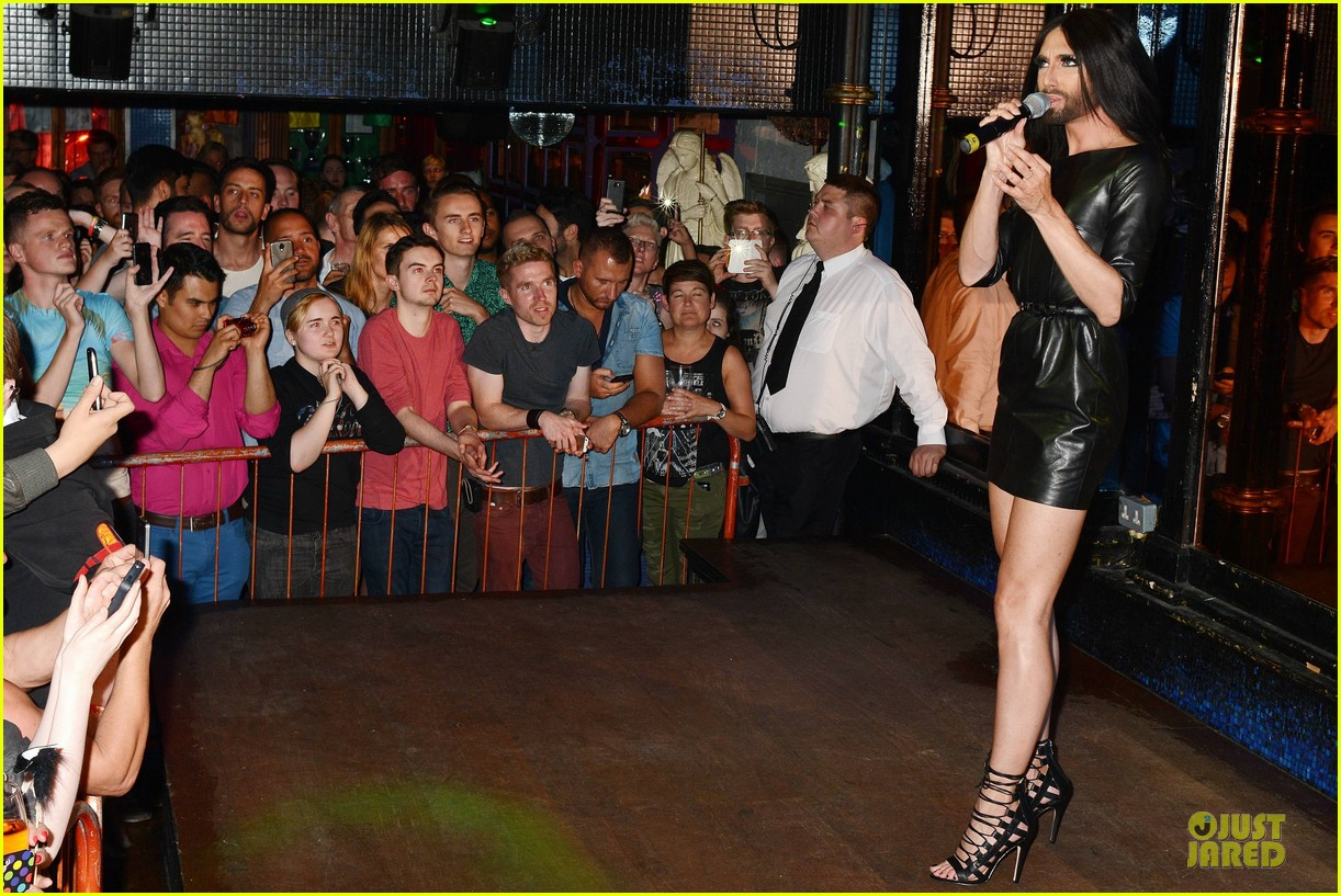 conchita wurst makes statement on love respect tolerance 133145279