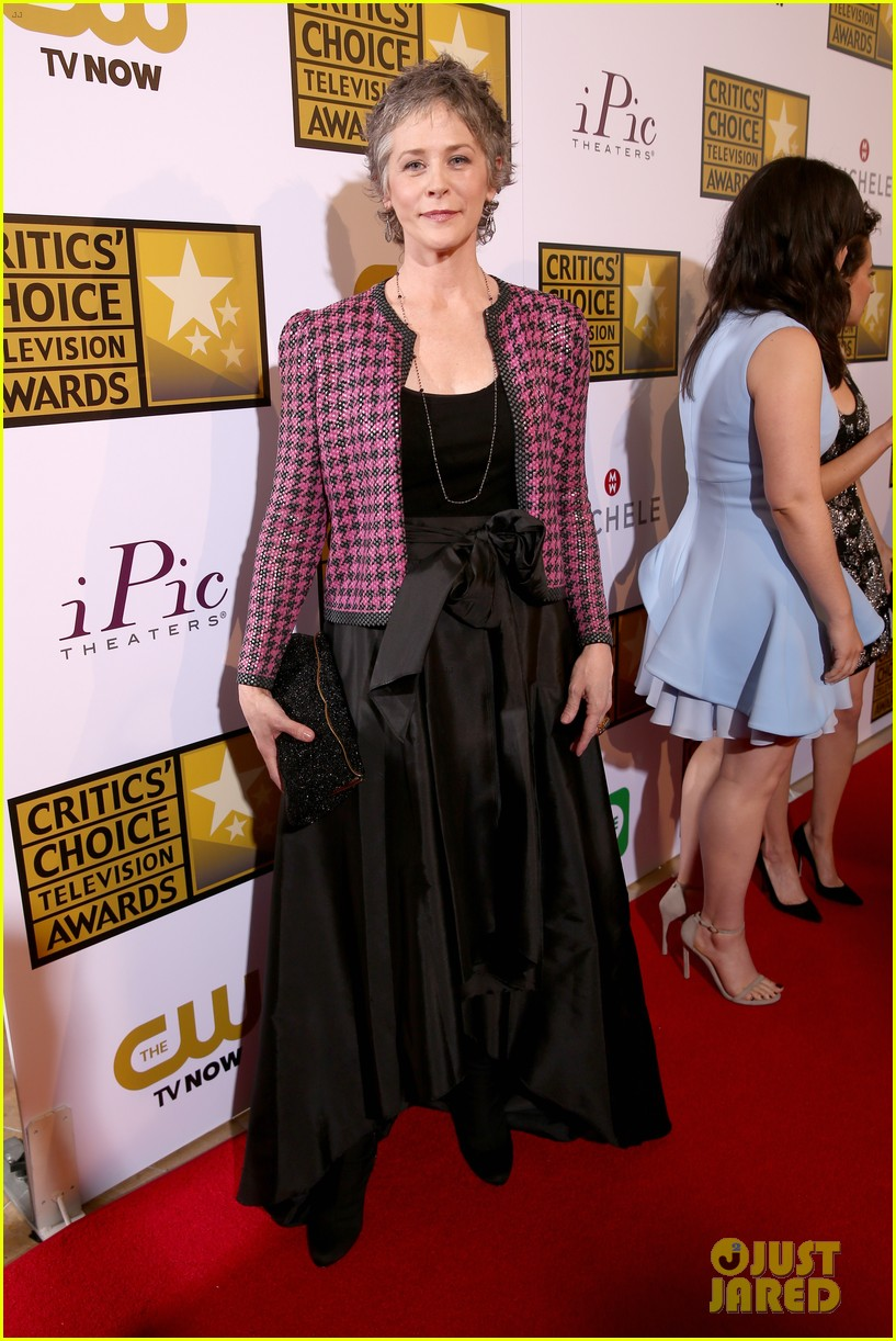 bellamy young wins at critics choice tv awards 2014 173139415