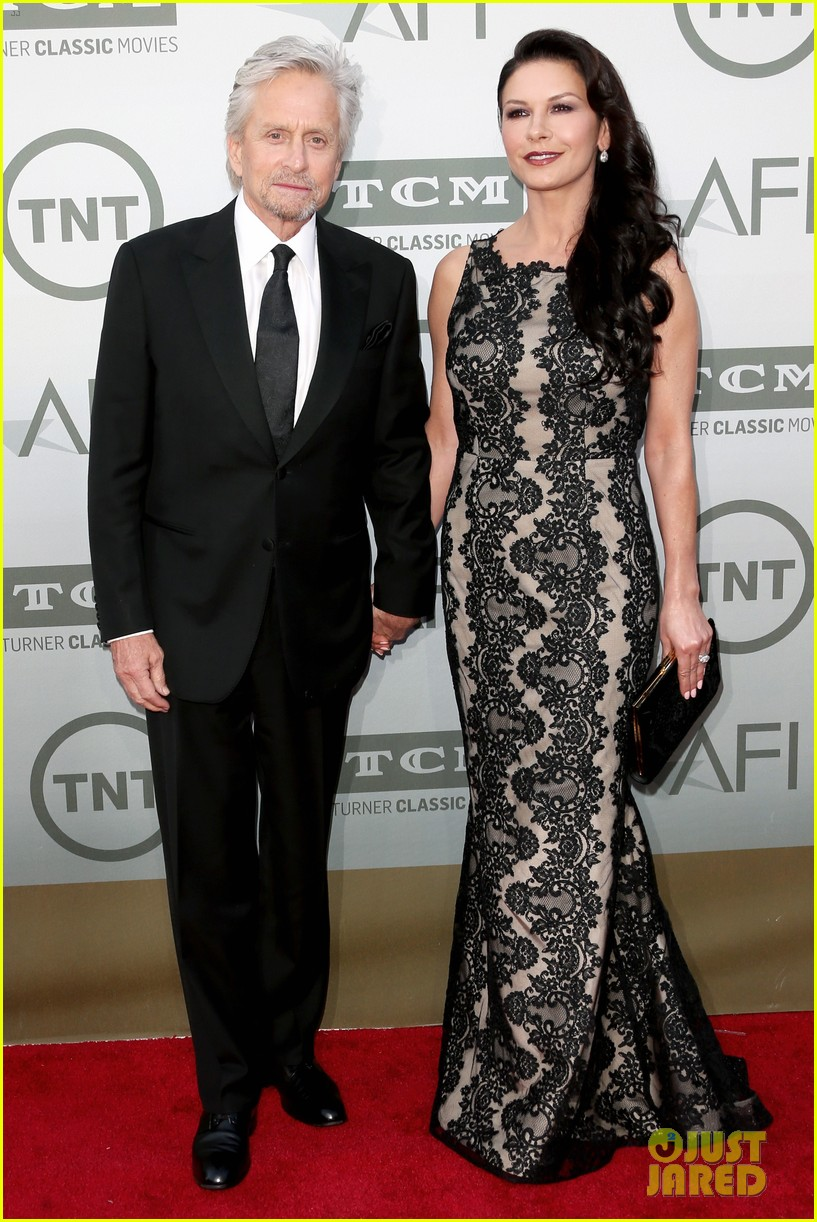 catherine zeta jones michael douglas jane fonda afi event 01