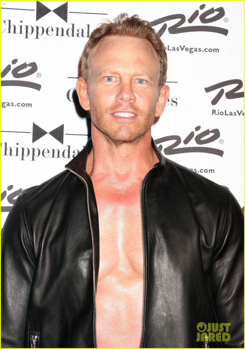ian ziering shirtless chippendales 023136396