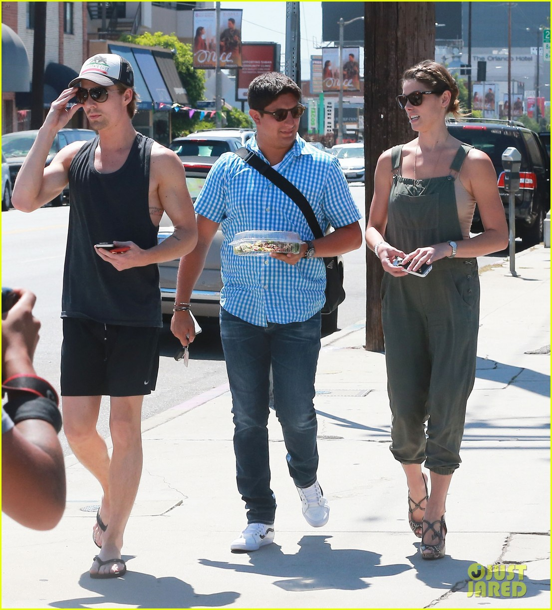 ashley greene wears overalls lunch 03