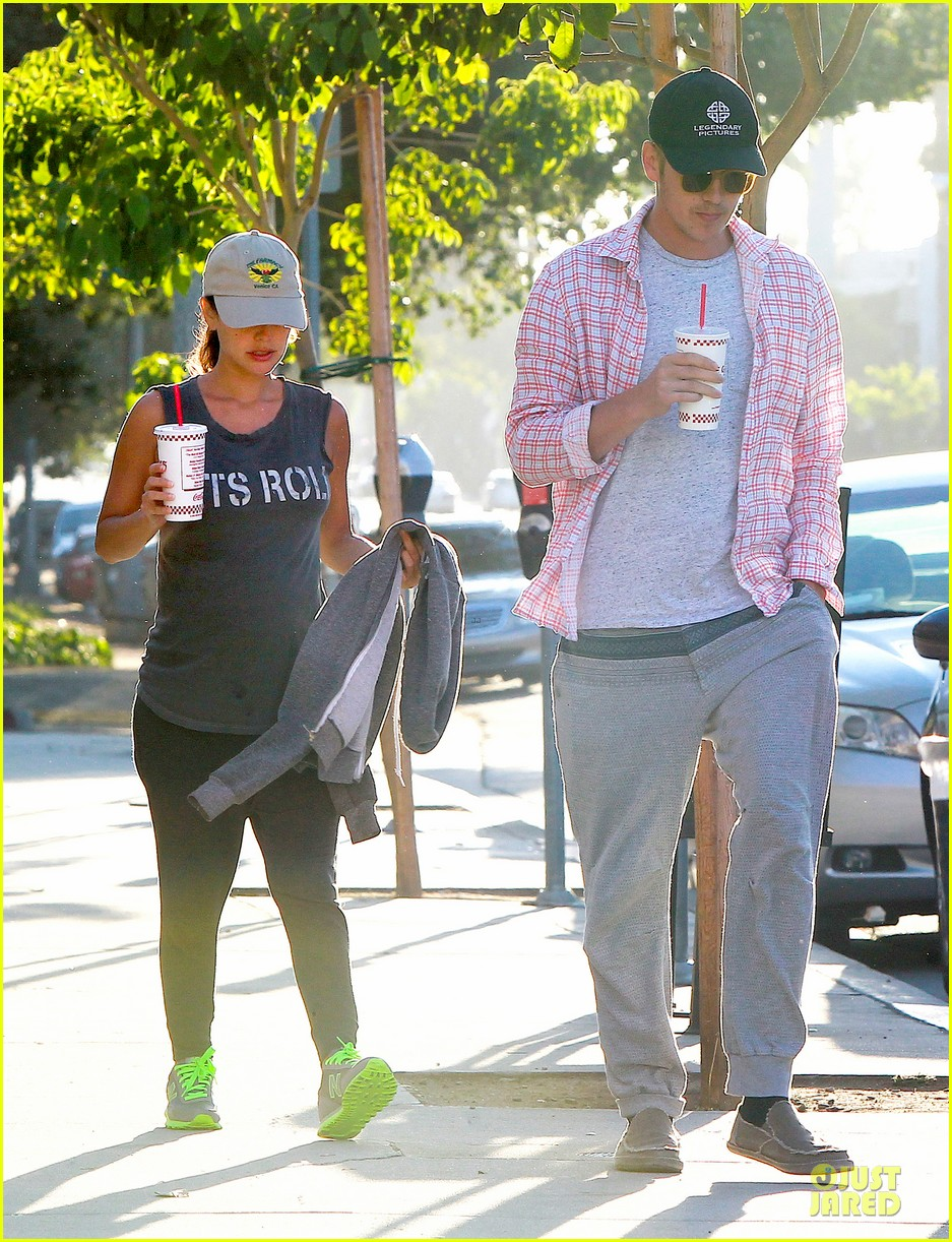 rachel bilson says lets roll to lunch 01