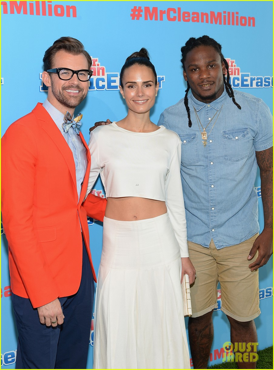 jordana brewster supports brad goreski at the mr clean summer fashion party 03