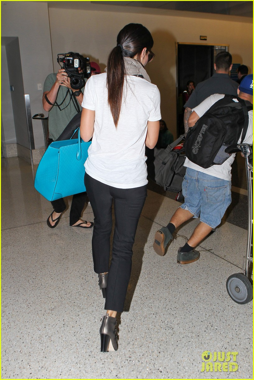 sandra bullock goes on fourth of july getaway 163149371