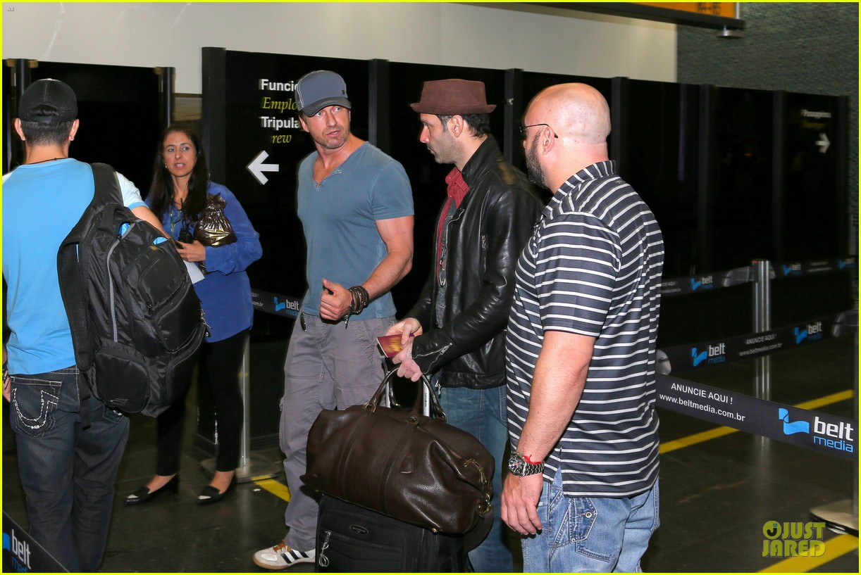 gerard butler jet to belo horizonte for fifa world cup 15