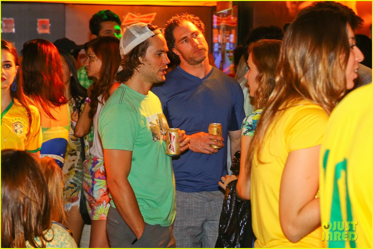 gerard butler taylor kitsch watch brazils massive defeat against germany 103152296