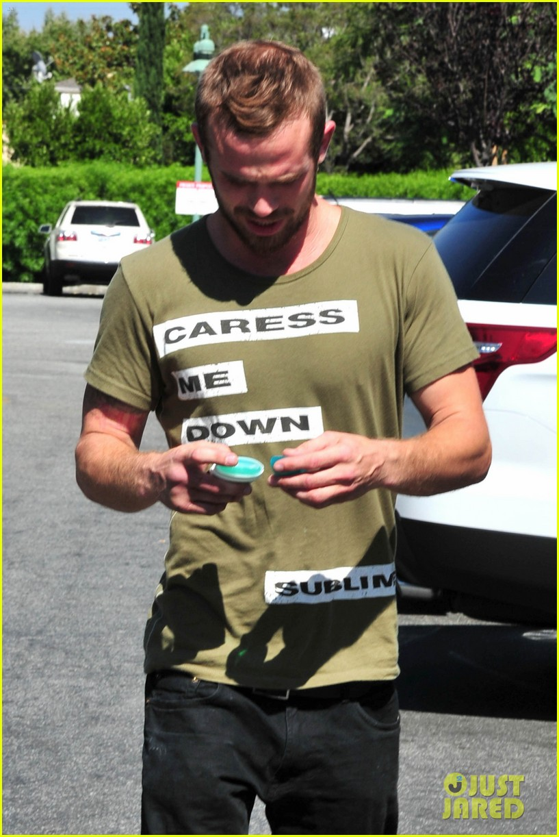 cam gigandet steps out after making controversial comments about oc 18