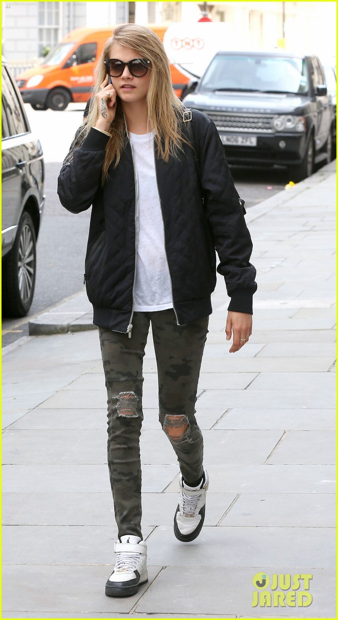 cara delevingne sexuality having good time 06